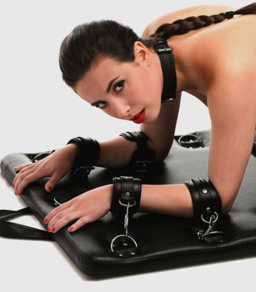 Cama Acolchada bondage con Anillas de Restricción